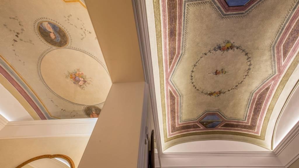 hotel-canada-roma-soffitto-2
