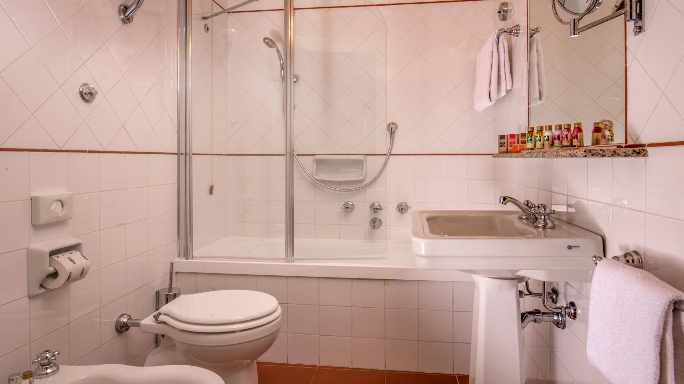 отель-canada-рим-туалет-3726